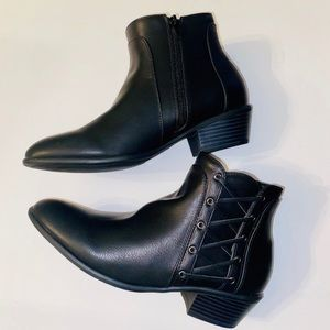 NEW Charlotte Russe ankle boots